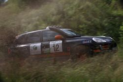 #12 Team Middle East Porsche Cayenne S Transsyberia: Said Rashid Al Hajri et Tim Trenker