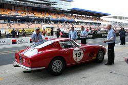 #19 Ferrari 275 GTB 1965: Grégory Noblet