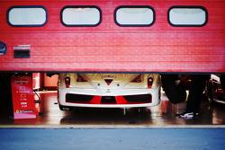 El frente de un Ferrari FXX