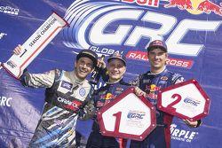 Podium: le vainqueur Joni Wiman, Olsbergs MSE Ford, le 2e Scott Speed, Andretti Autosport Volkswagen, et le 3e Sebastian Eriksson, Olsbergs MSE Ford