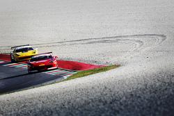 #95 Scuderia Praha Ferrari 458: Jri Pisarik y #37 Scuderia Praha Ferrari 458: Jan Danis