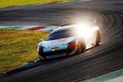 #117 Scuderia Praha Racing Ferrari 458: Dusan Palacr