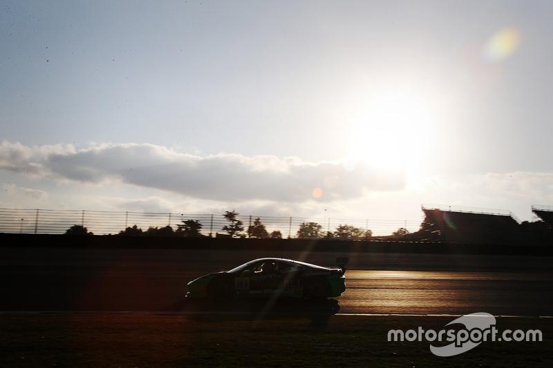 #183 Ineco MP - Racing Ferrari 458: Manuela Gostner