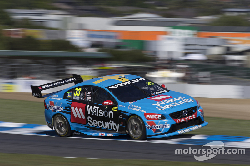 #33: Scott McLaughlin (Garry-Rogers-Volvo)