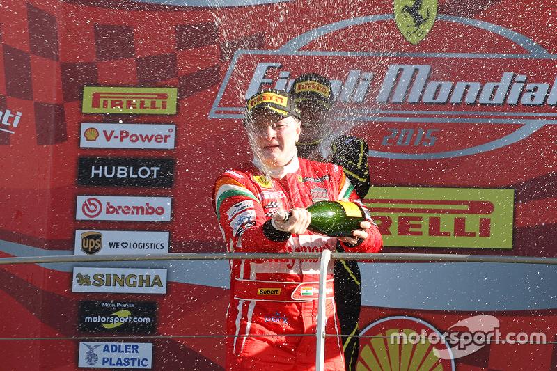 Rennen 1, Coppa Shell, Podium: 1. #180 Kessel Racing Ferrari 458 Italia: Gautam Singhania