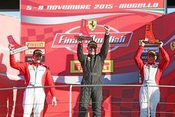 Подиум Pirelli AM: первое место - #27 Rossocorsa Pellin Racing Ferrari 458: Алессандро Веццони, втор