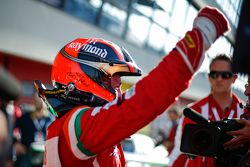 #180 Kessel Racing Ferrari 458: Gautam Singhania, feiert im Parc Fermé