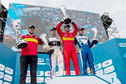 Podium: 1. Lucas di Grassi, ABT Schaeffler Audi Sport; 2. Sam Bird, DS Virgin Racing Formula E Team;