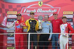 Подиум гонки 2 Pirelli APAC: первое место - #477 Barbagallo Perth Ferrari 458: Стив Въят, второе мес