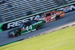 David Starr, TriStar Motorsports Toyota e Daniel Suarez, Joe Gibbs Racing Toyota