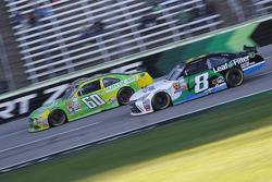 Chris Buescher, Roush Fenway Racing Ford e Blake Koch, TriStar Motorsports Toyota