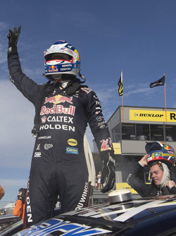 Winner Jamie Whincup, Triple Eight Race Engineering Holden