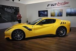 Ferrari F12tdf, презентация