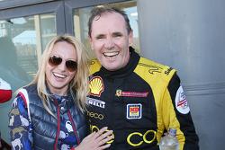 #181 Ineco - MP Racing Ferrari 4548: Erich Prinoth festeja la victoria