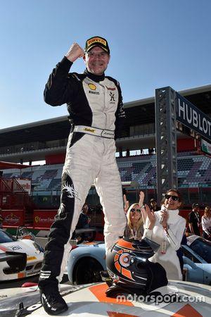 Гонка 1 кубок Shell: третье место - # 92 Kessel Racing Ferrari 458 Жак Дайвер