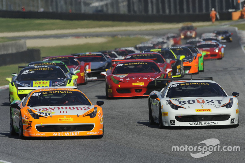 #180 Kessel Racing Ferrari 458 : Gautam Singhania mène