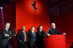 Cérémonie de remise des trophées du Ferrari Challenge avec Kimi Räikkönen, Maurizio Arrivabene, Team Principal Scuderia Ferrari, Sergio Marchionne, Président de Ferrari et Amedeo Felisa, PDG de Ferrari