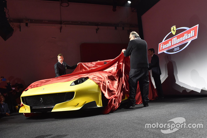 Presentación del Ferrari F12tdf con Kimi Raikkonen, Ferrari y Sergio Marchionne, presidente Ferra