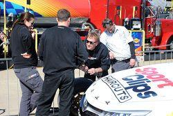 Splitters anteriori della Joe Gibbs Racing confiscati dalla NASCAR