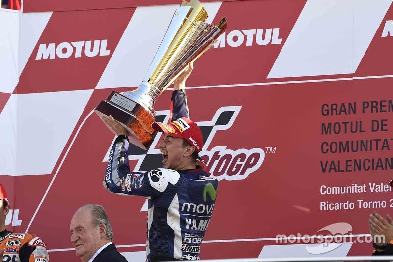 Podium: Ganador y campeón de MotoGP2015, Jorge Lorenzo, Yamaha Factory Racing