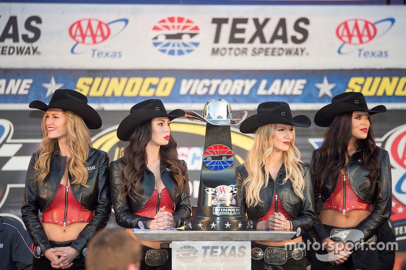 Texas Motor Speedway Grid Girls
