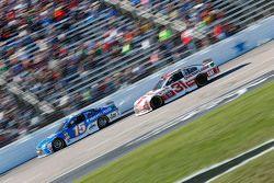 Clint Bowyer, Michael Waltrip Racing Toyota and Ryan Newman, Richard Childress Racing Chevrolet