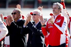 Maurizio Arrivabene, Director del equipo Ferrari, Piero Ferrari y Sergio Marchionne, Presidente de F