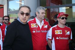 Sergio Marchionne, Presidente Ferrari y CEO de Fiat Chrysler Automobiles, Maurizizio Arrivabene y Kimi Raikkonen