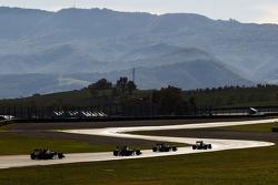 Le monoposto F1 della Scuderia Ferrari durante l'esibizione dei piloti