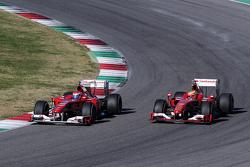 Marc Gene, collaudatore Ferrari, a bordo della F10 e Esteban Gutierrez, collaudatore Ferrari, a bord