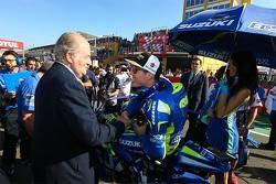 L'ancien Roi d'Espagne Juan Carlos et Aleix Espargaro, Team Suzuki MotoGP