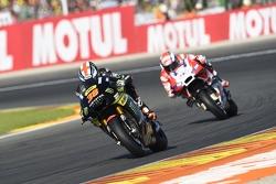 Bradley Smith, Tech 3 Yamaha e Andrea Dovizioso, Ducati Team