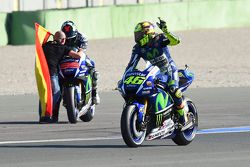 Valentino Rossi, Yamaha Factory Racing and winner and 2015 World Champion Jorge Lorenzo, Yamaha Factory Racing