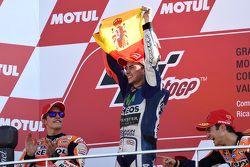 Podium : le second Marc Marquez, Repsol Honda Team, le vainqueur et Champion du monde 2015 Jorge Lorenzo, Yamaha Factory Racing et le troisième Dani Pedrosa, Repsol Honda Team