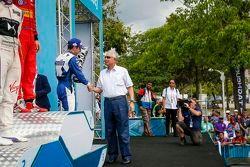 Podio, Antonio Felix da Costa, Amlin, terzo, riceve il premio