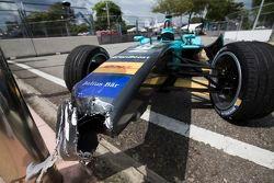 La monoposto del NEXTEV TCR Formula E Team dopo l'incidente