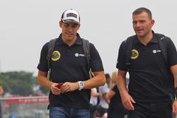 Pastor Maldonado, Lotus F1 Team with Fabrizio Maganzi, Lotus F1 Team Personal Trainer