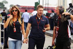 Федерика Масолин, ведущая Sky F1 Italia и Давиде Вальсекки, ведущий Sky F1 Italia
