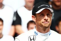 Jenson Button, McLaren at a team photograph