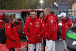 Marie-Pierre Rossi mit Kris Meeke und Paul Nagle, Citroën World Rally Team