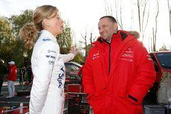 Susie Wolff ile Yves Matton, Citroën Yarış Takım Patronu