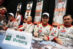 Mads Ostberg et Jonas Andersson avec Kris Meeke et Paul Nagle, Citroën World Rally Team