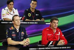 Paul Monaghan, Ingénieur en chef Red Bull Racing et Graeme Lowdon, Président de Manor Marussia F1 Team lors de la Conférence de presse de la FIA