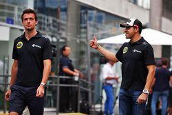 Jolyon Palmer, Lotus F1 Team Piloto de Prueba y de Reserva con Pastor Maldonado, Lotus F1 Team