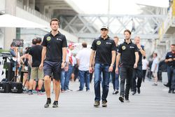 Jolyon Palmer, Pilote de réserve et d'essais Lotus F1 Team avec Pastor Maldonado, Lotus F1 Team