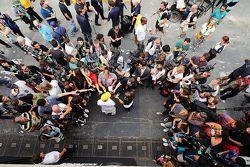 Lewis Hamilton, Mercedes AMG F1 avec la presse