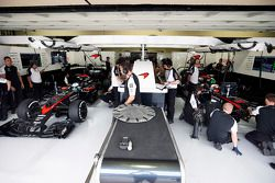 Fernando Alonso, McLaren et Jenson Button, McLaren MP4-30
