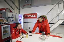 Stéphane Lefebvre, Citroën World Rally Team und Yves Matton, Citroën Racing Team Principal