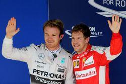 Polesitter Nico Rosberg, Mercedes AMG F1 Team and third place Sebastian Vettel, Scuderia Ferrari