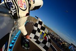 Ganador Kyle Busch, Joe Gibbs Racing Toyota